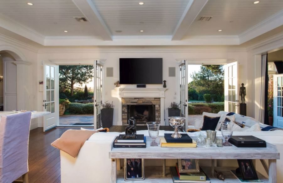Jessica Alba's East Coast Traditional-Style Home in Sunny L.A.
